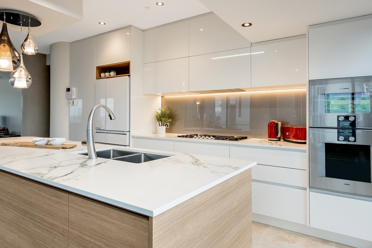 Light industrial vinyl gloss caesarstone sleek concrete for Complete kitchens