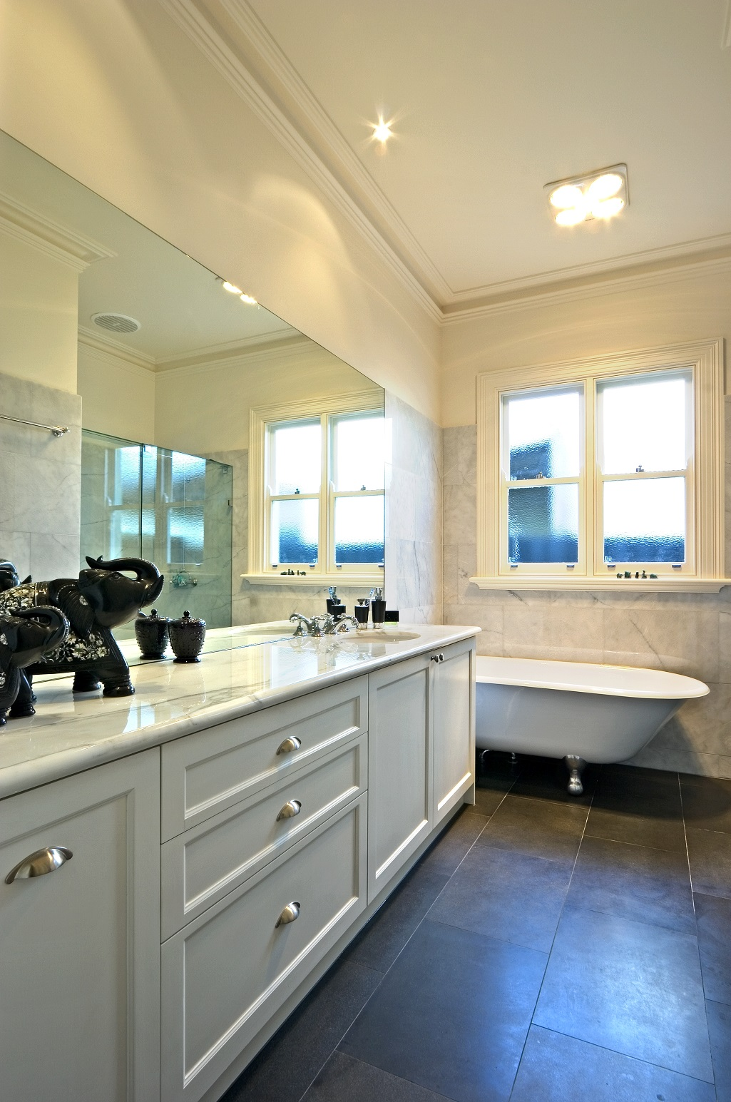 Victoria splendour 2 pac marble for 2 pac kitchen cabinets